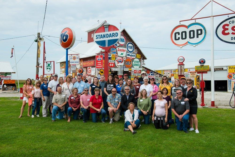 Expedition Farm Country participants at Hal Colliver's sign extravaganza off Highway 92 in West Chester. Photo credit: Joseph L. Murphy/Iowa Soybean Association