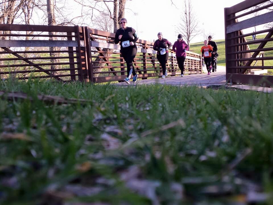 Runners participate in the Live Healthy Iowa 5k.