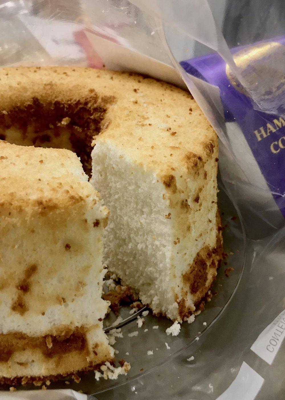 Angel Food Cake at the Hamilton County 4-H Recipe Challenge. Photo credit: Anita McVey