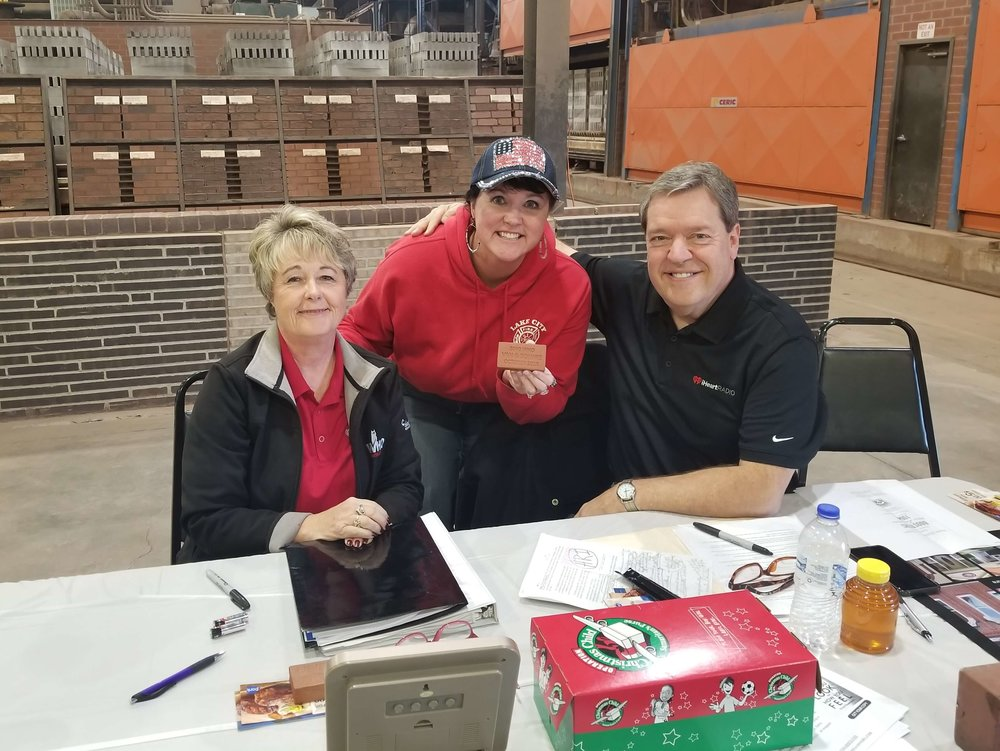 Darcy joins WHO Radio hosts Van Harden and Bonnie Lucas during their morning show at United Brick and Tile in Adel. Photo credit: Darcy Dougherty Maulsby