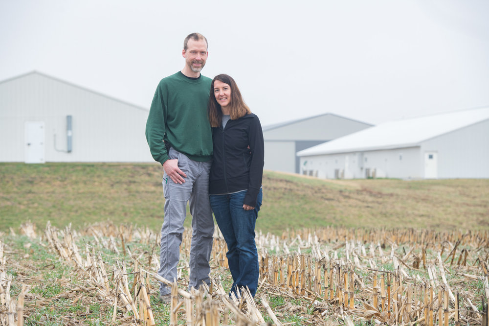 Mike and Amy Paustian raise pigs, corn and soybeans near Walcott. The family was awarded the Gary Wergin Good Farm Neighbor Award in 2015. Photo credit: Joseph L. Murphy/Iowa Soybean Association