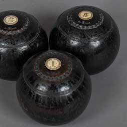 Vintage-Lawn-Bowling-Balls+256x256px.jpg