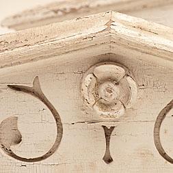 Vintage-Architectural-Pediment+256x256px.jpg