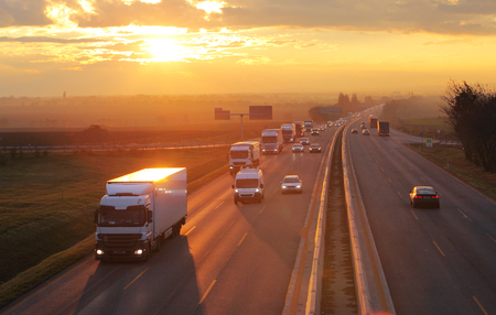 52042281_S_truck_cars_highway.jpg