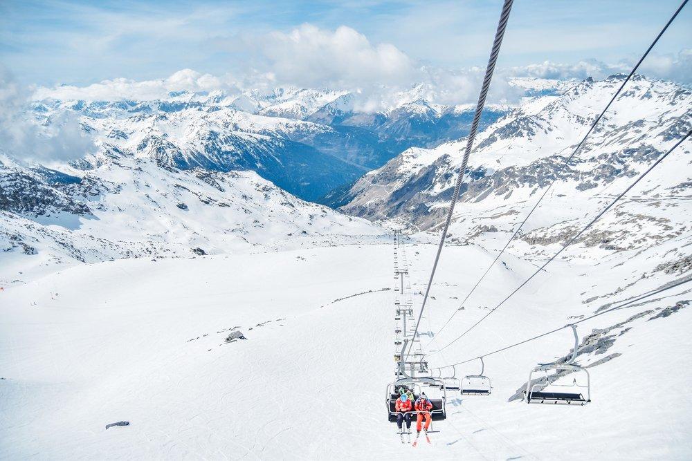 2569558_1920_Ski_Ski lift_Snow.jpg