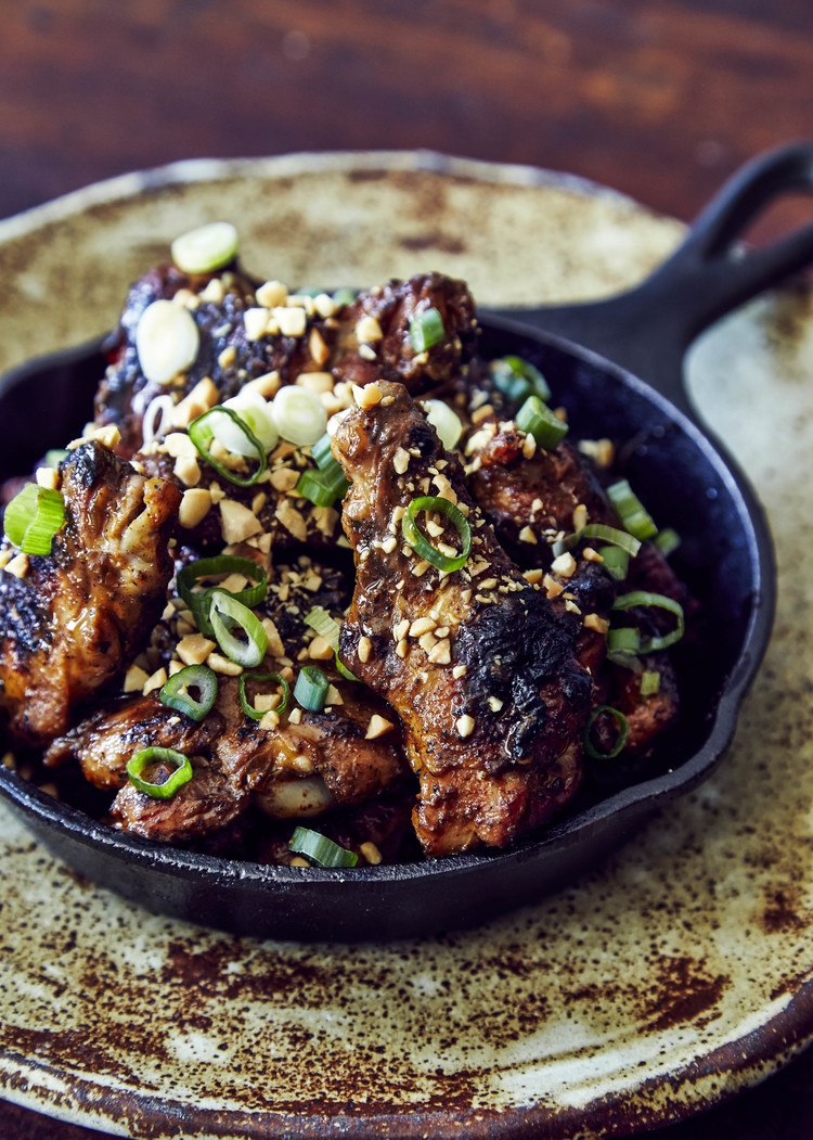 Grilled+Chicken+Wings+with+Burnt-Scallion+Barbeque+Sauce