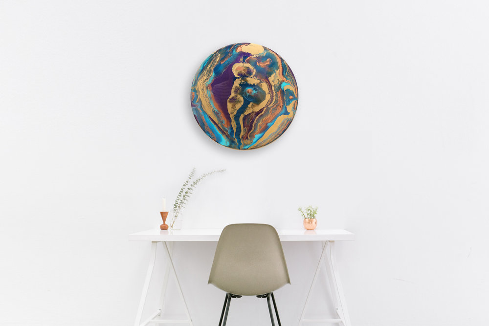 "20"" round | wood panel"