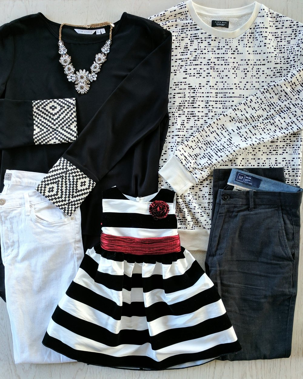 best black and white family pictures outfit ideas