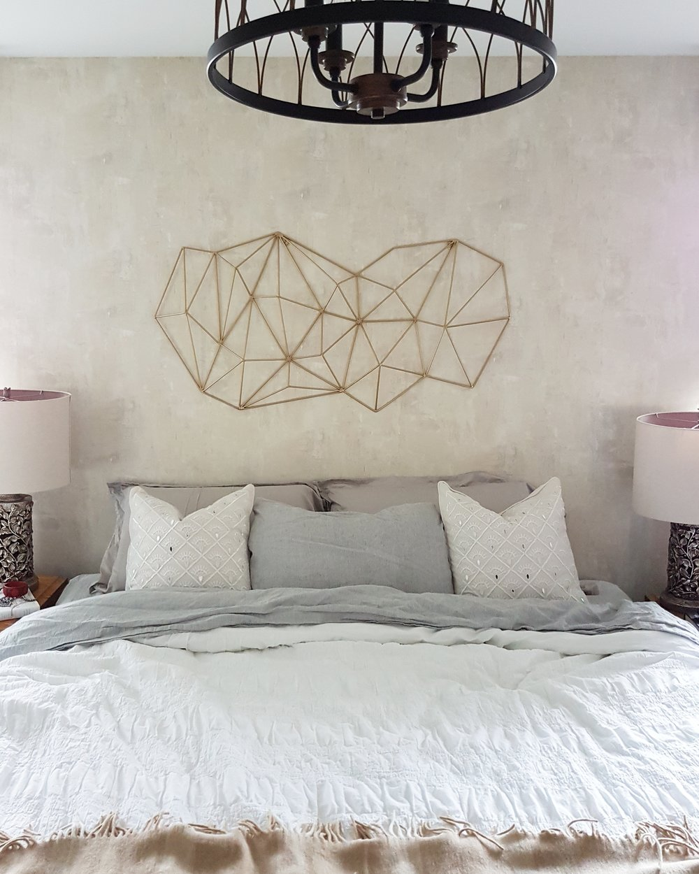 luxurious well made bed inspiration