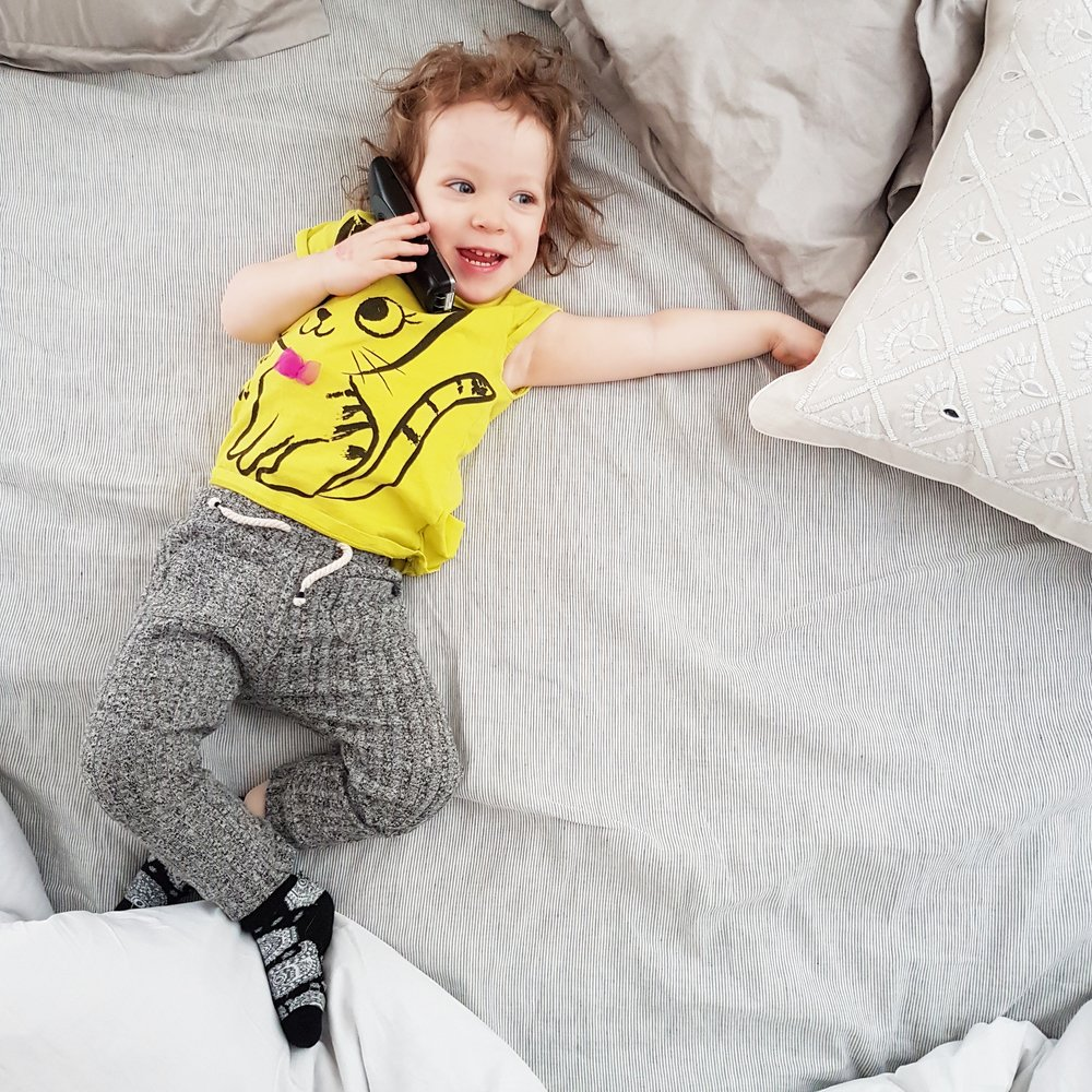 how to take better pictures of children on cell phone camera