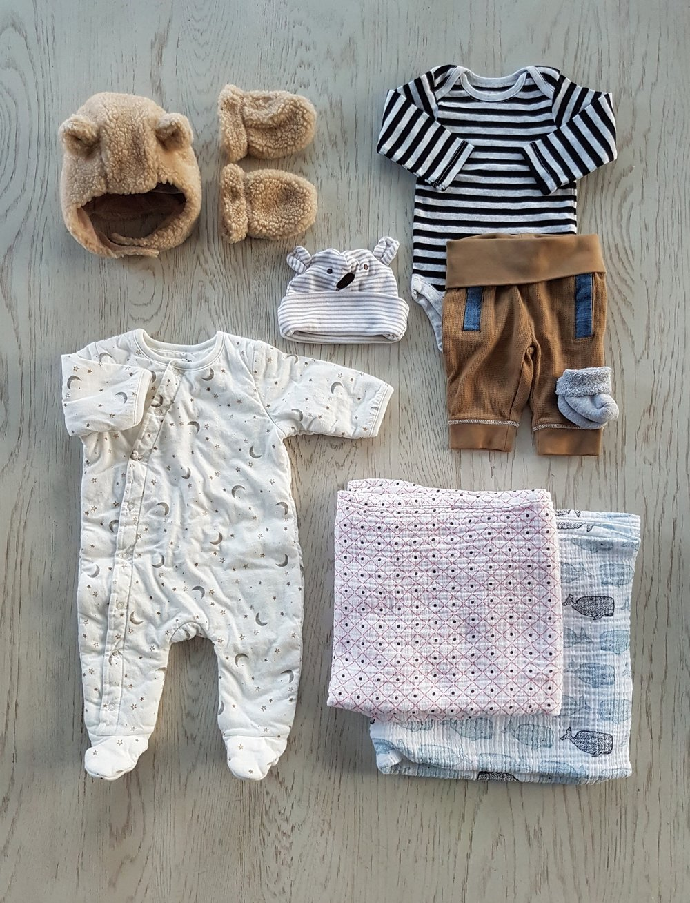 what to pack in a hospital bag for your newborn.jpg