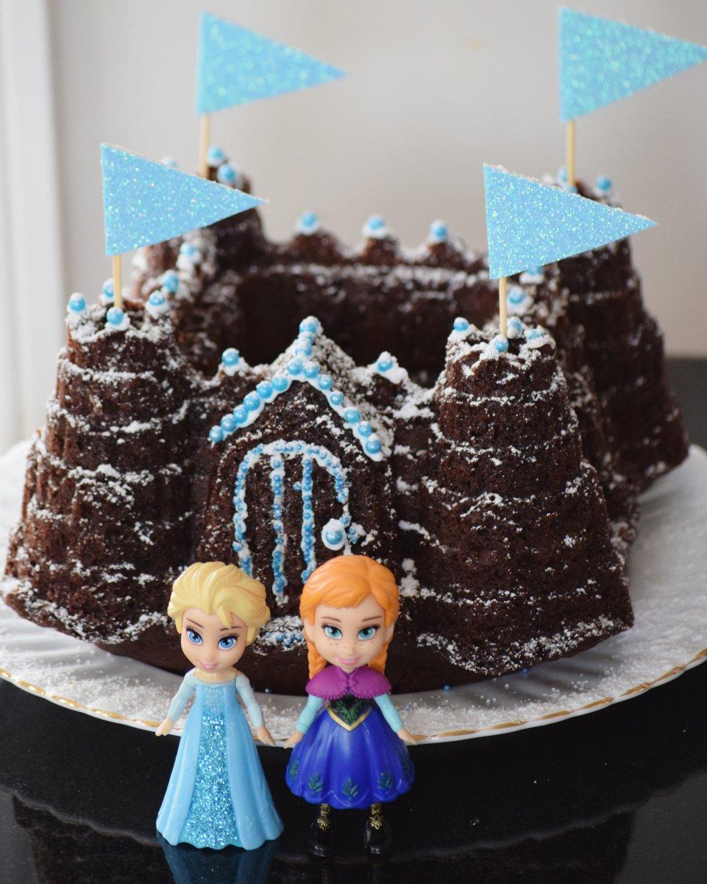 frozen birthday party cake decorating.jpg