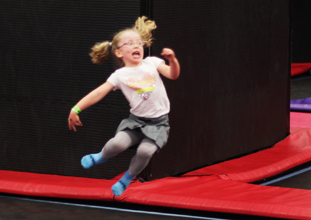 apex trampoline birthday party packages.jpg