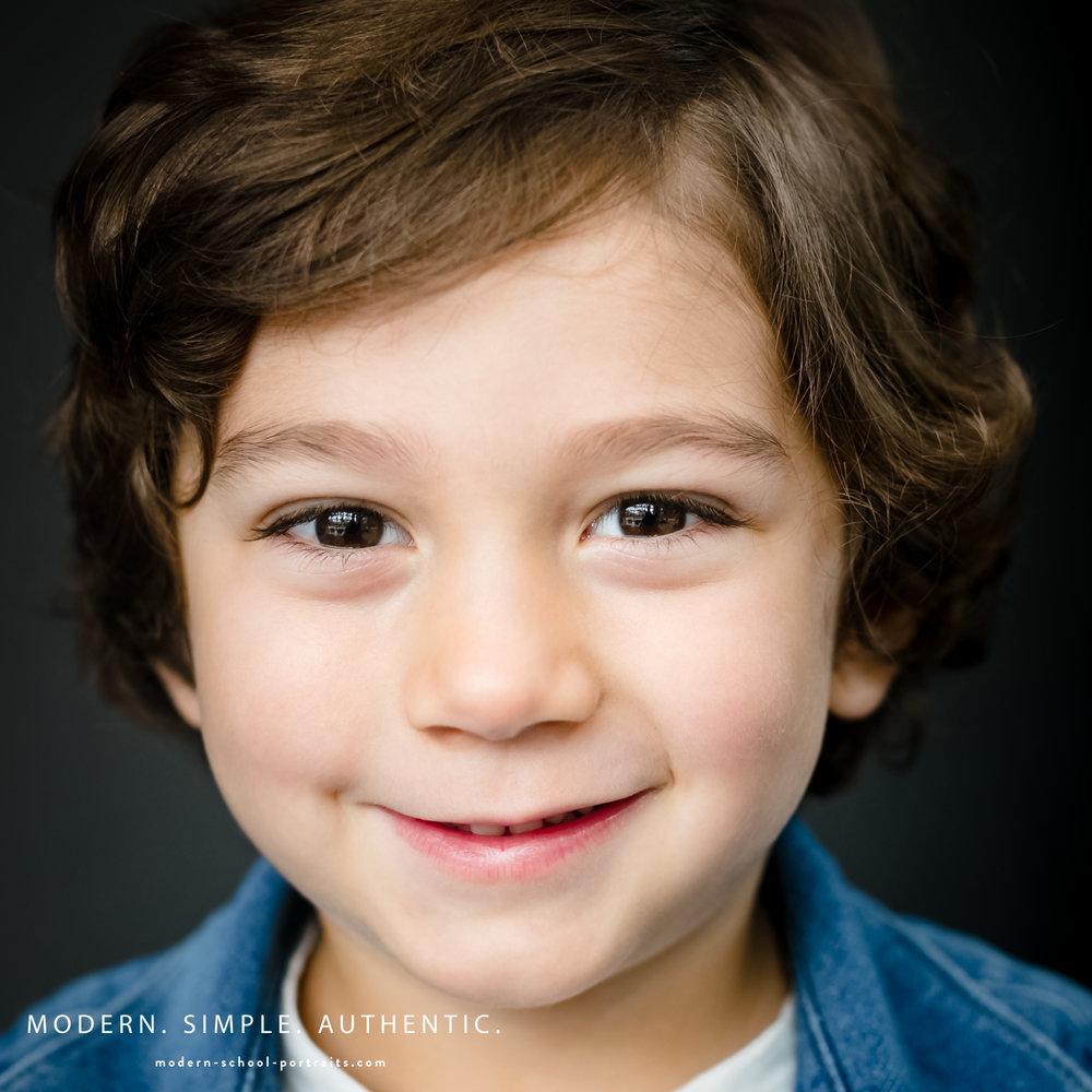 2-modern school portraits chicago boy smile.jpg