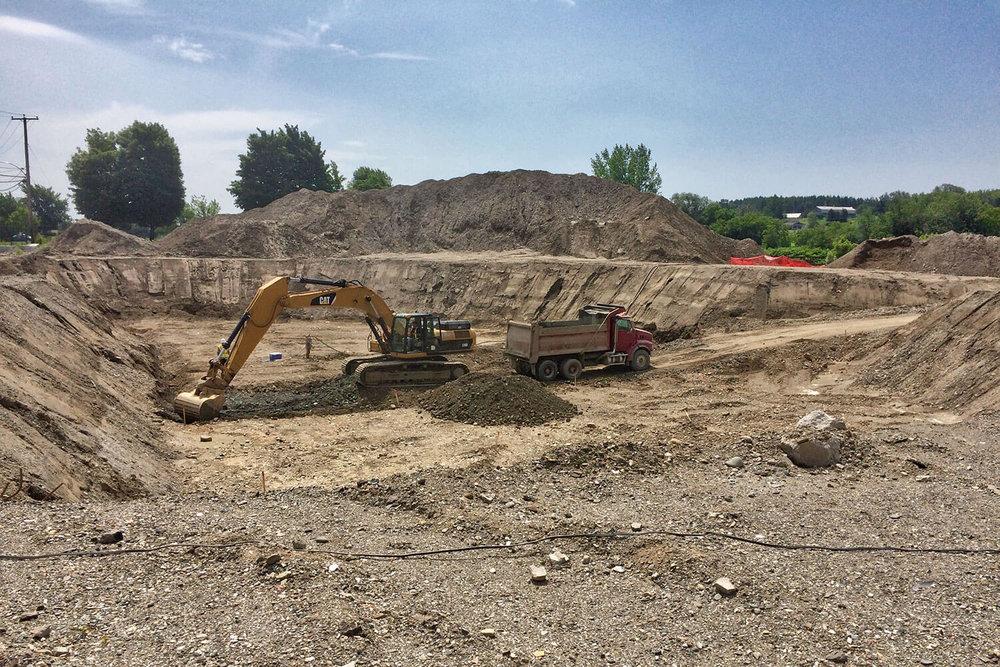 Réhabilitation environnementale des sols par excavation d'un site industriel à Sainte-Marie