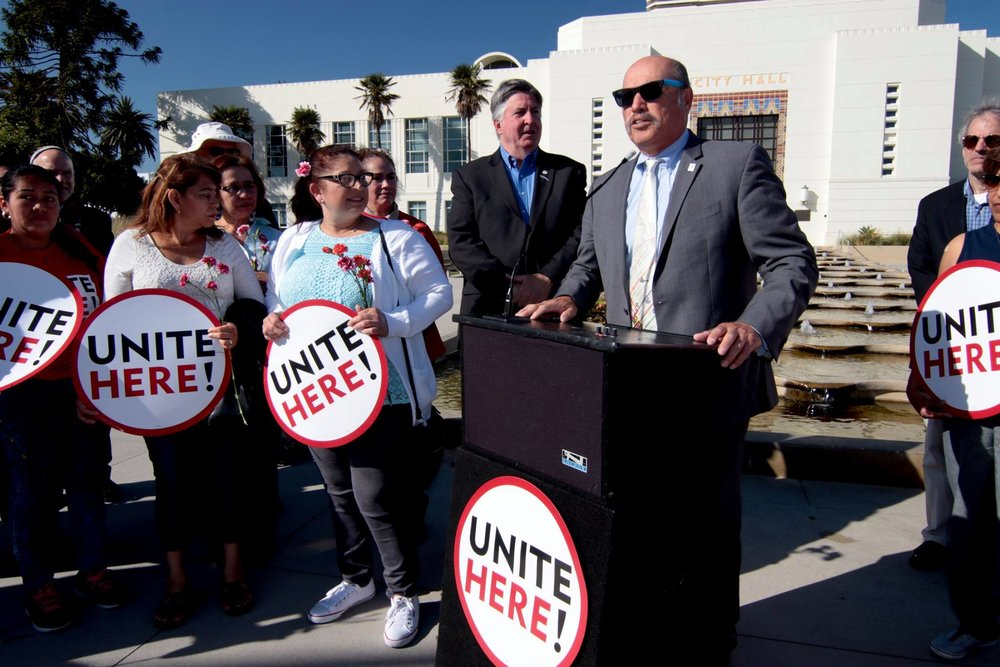 Tony speaking to the Santa Monica hotel workers after their overdue union win