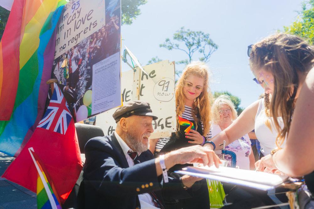 Brighton Pride 2016-2018_13_DSC6570.jpg