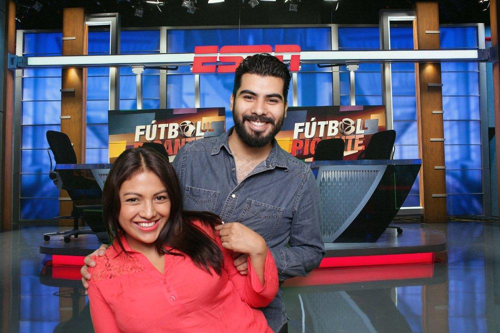 ESPN |CHAMPIONS LEAGUE ESPN    ESPN, es el grupo mediático con sede en los Estados Unidos, que opera y produce canales de comunicación relacionados con el deporte. ESPN, siempre busca brindarle emoción a todos los fanáticos...