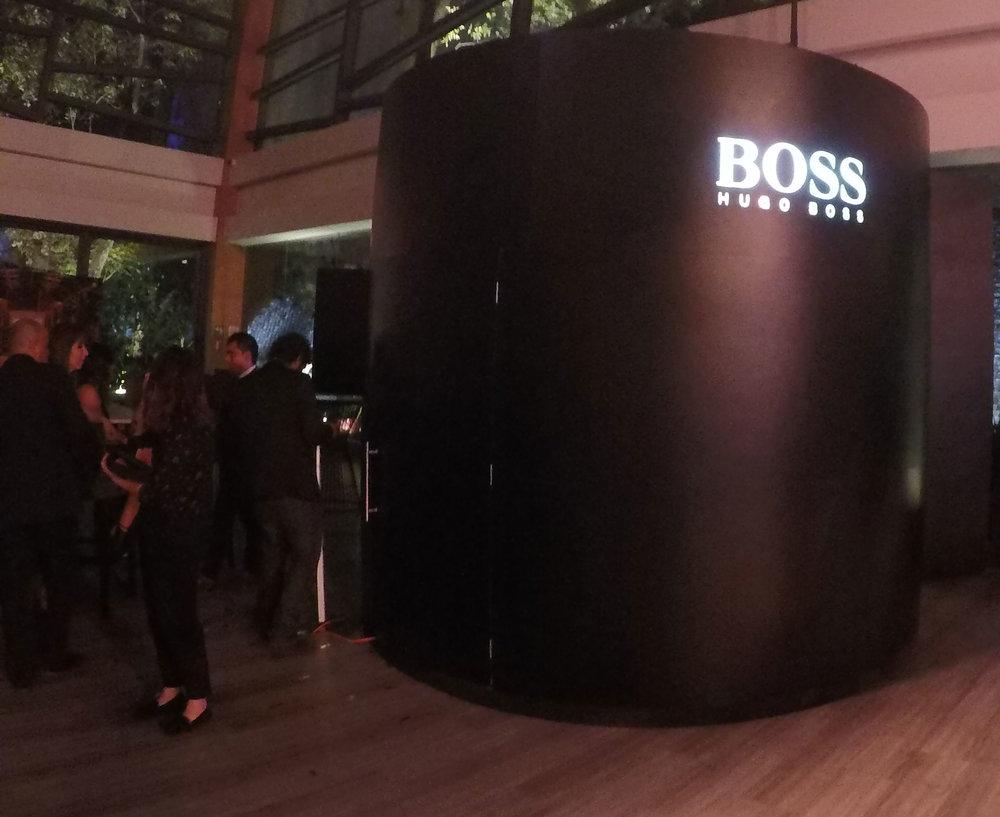 HUGO BOSS-GQ | Hombres del año   Realizamos la instalación de nuestra plataforma 360...