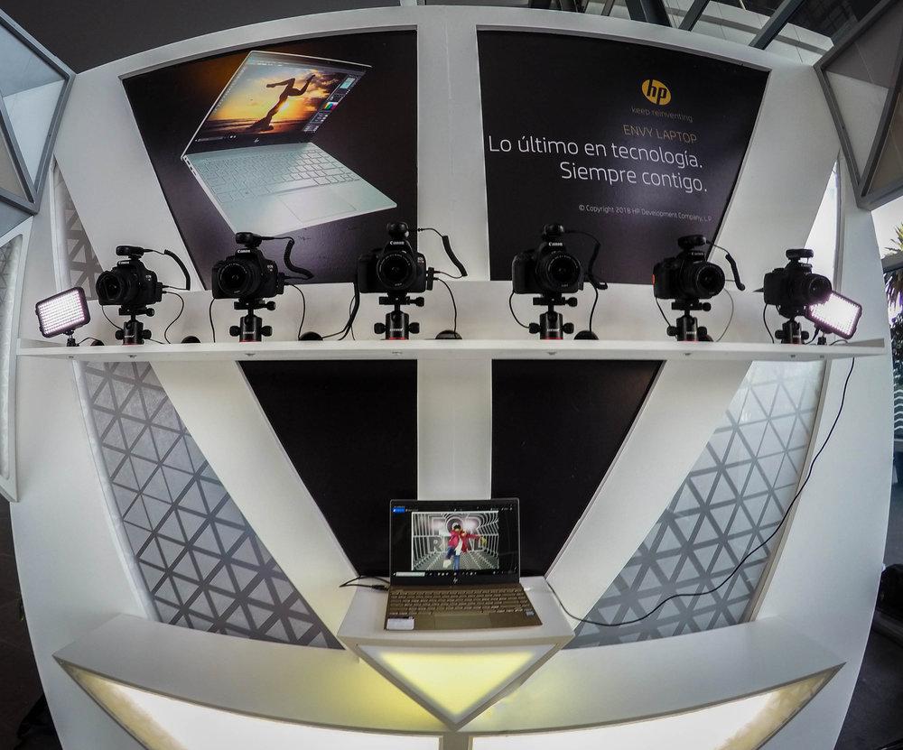 Revolver/HP | Multicámara Premios Miaw   Armamos junto con Revolver para HP una estructura donde colocamos 5 cámaras...