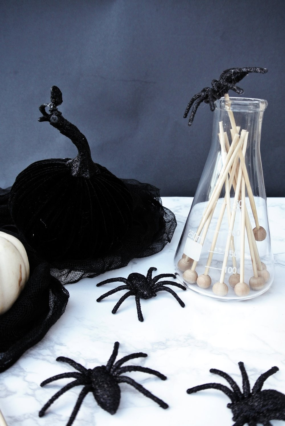 DIY spider stir sticks for Halloween | via crush co.