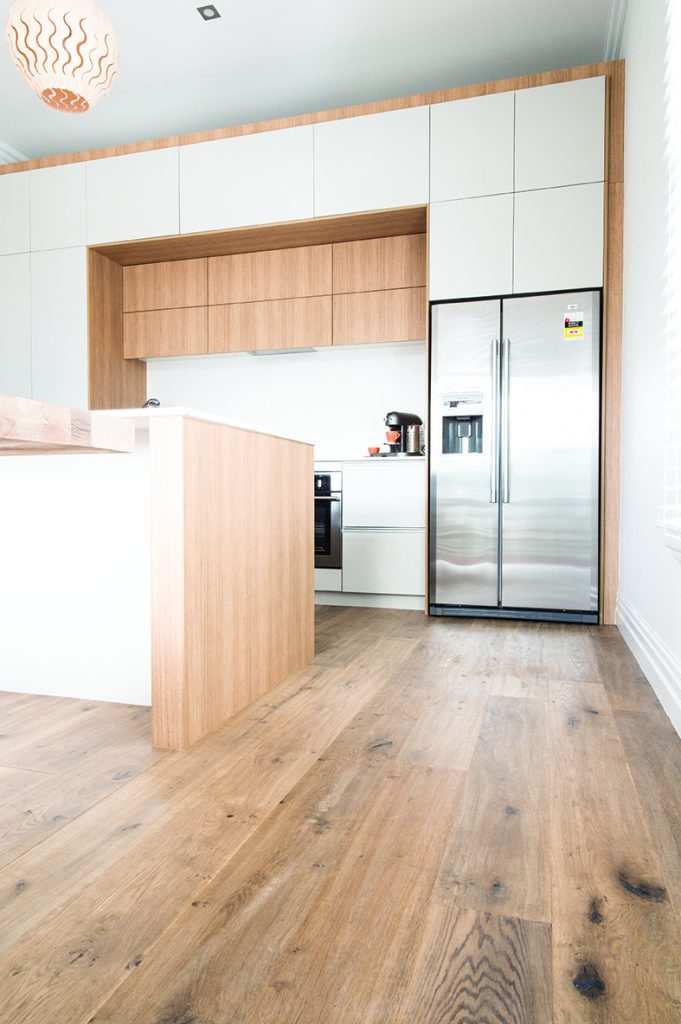 2015_GHFloors_TheBlock_Timber_RegalOak-Astor_DSC_1807-681x1024.jpg