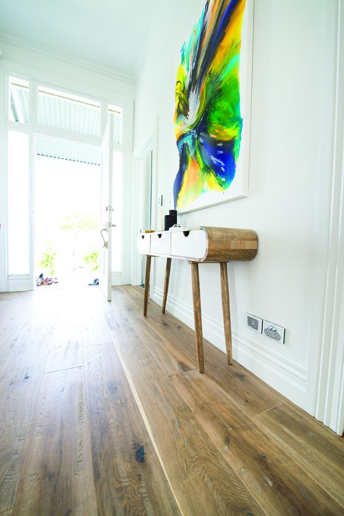2015_GHFloors_TheBlock_Timber_RegalOak-Astor_DSC_1872-682x1024.jpg