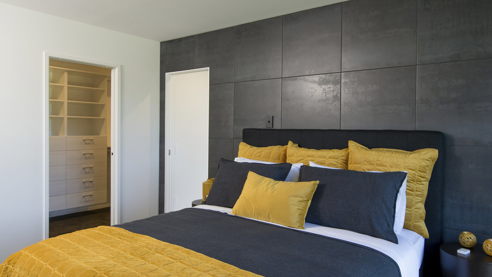 Berryfield-Dr-100-Main-Bedroom-Web.jpg