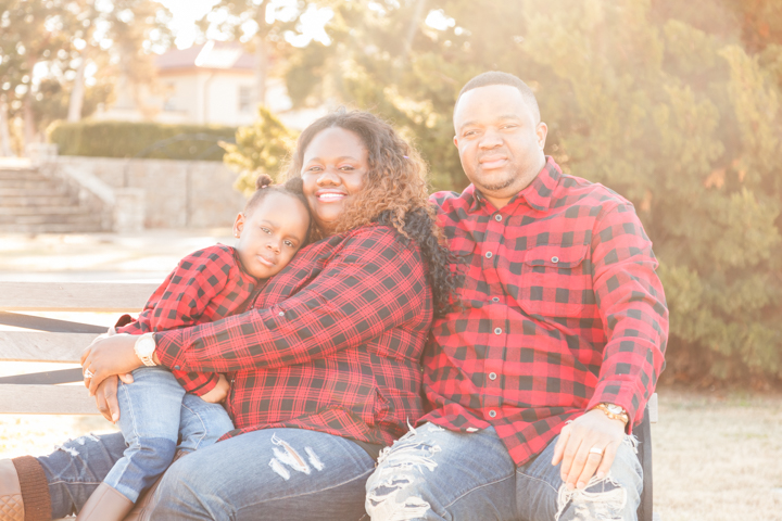 12.12.17 - Otasowie Family Photoshoot - Blog-5.jpg