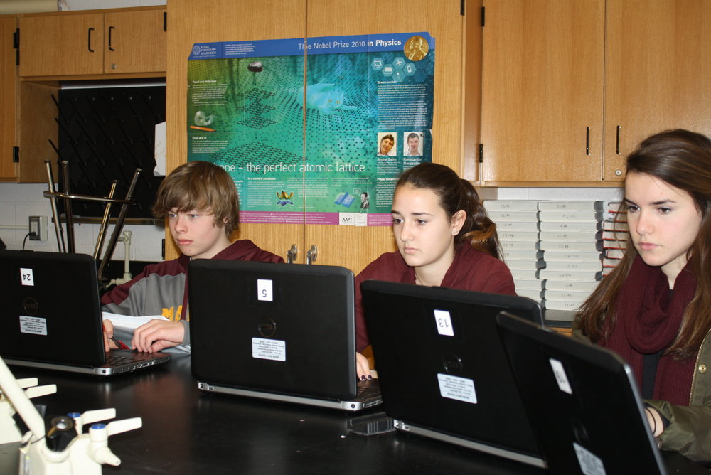 MHS Physics laptops 3.JPG