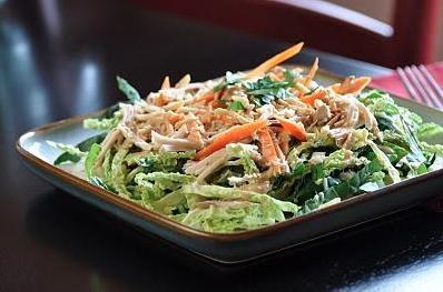 Salade_de_poulet_asiatique.jpg