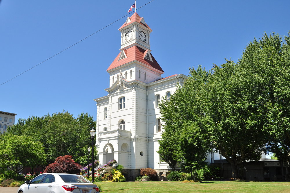 Corvallis,_Oregon_-_Benton_County_Courthouse_01.jpg