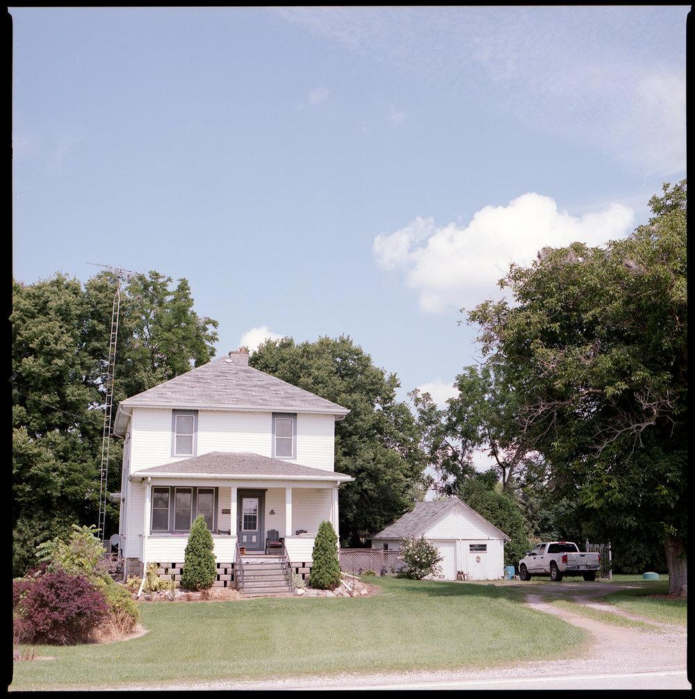 Kodak-Portra-160-Hasselblad-501CM-6x6-Chatam-Ontario-Greg's-childhood-Home.jpg