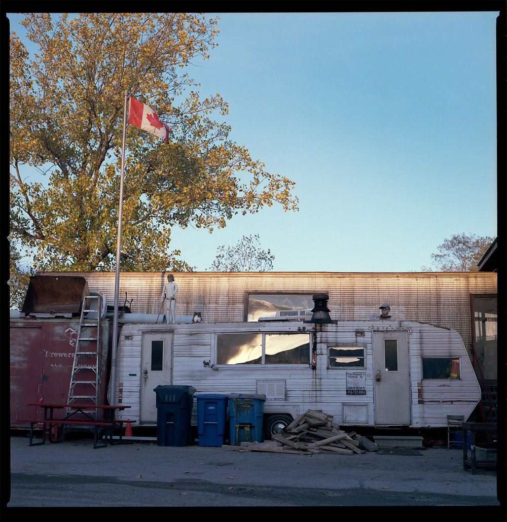 Kodak-Portra-160-Fall-Sunset-Downtown-Toronto-Vintage-Sombre-Lonely-Color-Pallette-Pushed-Pulled-Hasselblad_Sunset-Light-on-Trailer.jpg