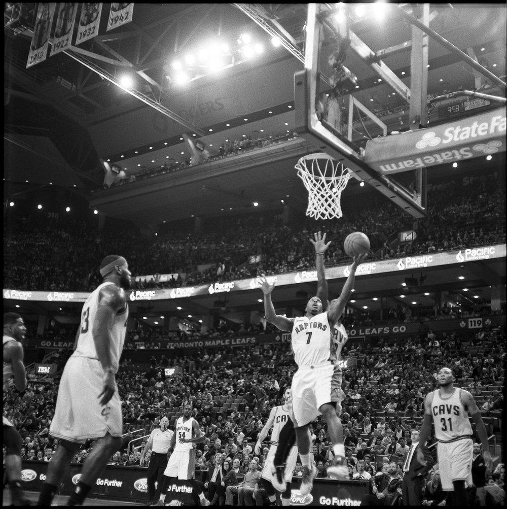 64-NBA-Kyle-Lowry-Toronto-Raptos-VS-Cleveland-Caveliers-Lebron-James-Vintage-Film-Courtside-Ilford-HP5+.JPG