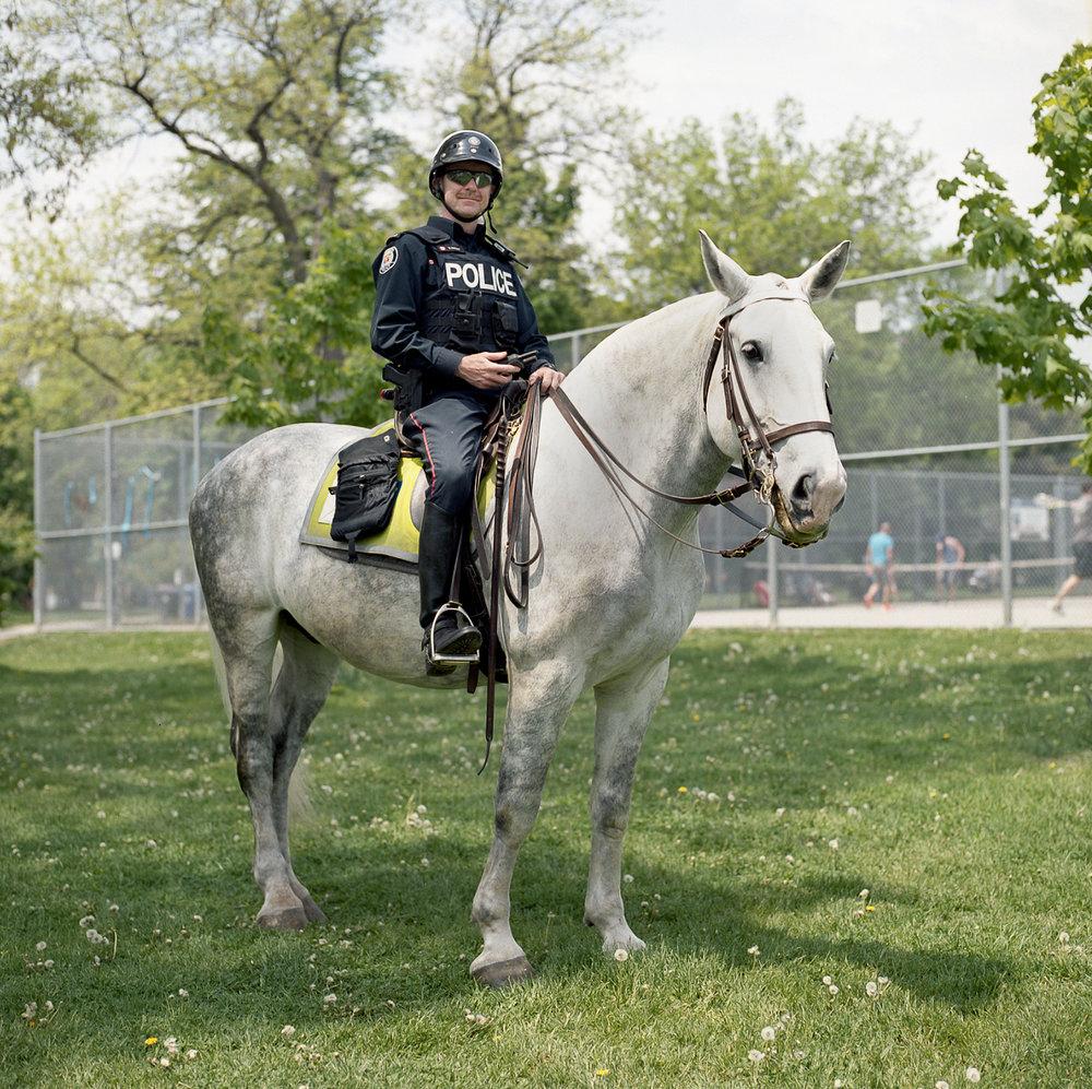 90-Summer-2016-Kodak-Portra-400-Police-Horse-Portrait-in-Bellwoods.jpg