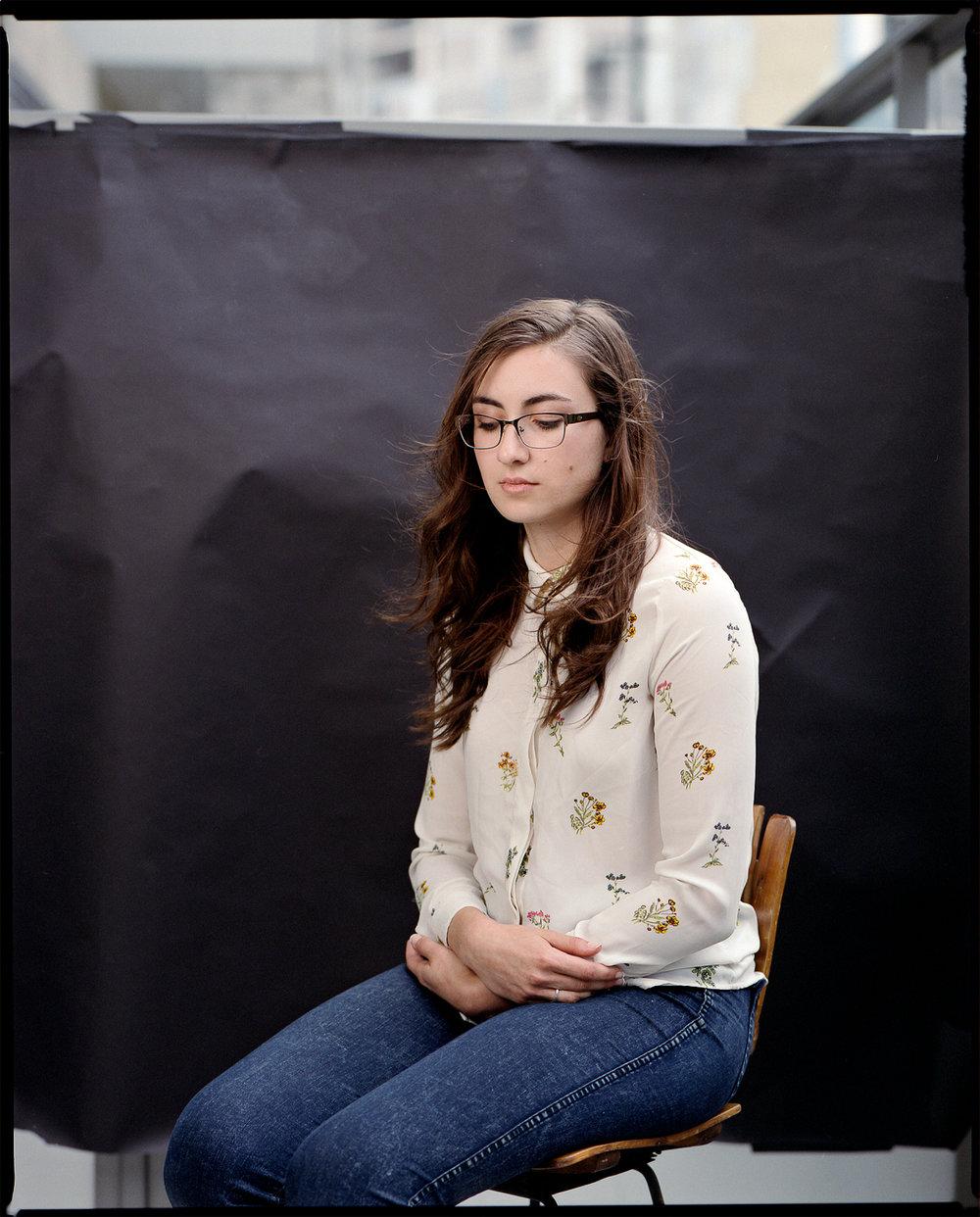 139-Rachel-Portrait-on-the-patio.JPG