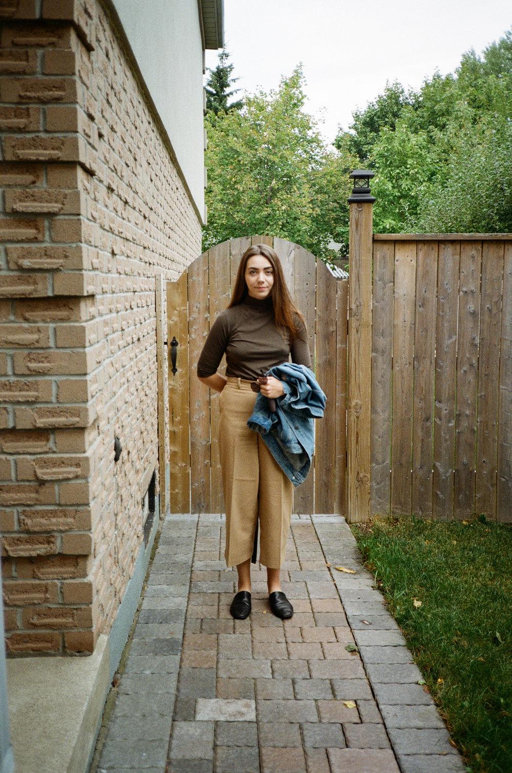 145-Ryanne-thanksgiving-fashion.jpg