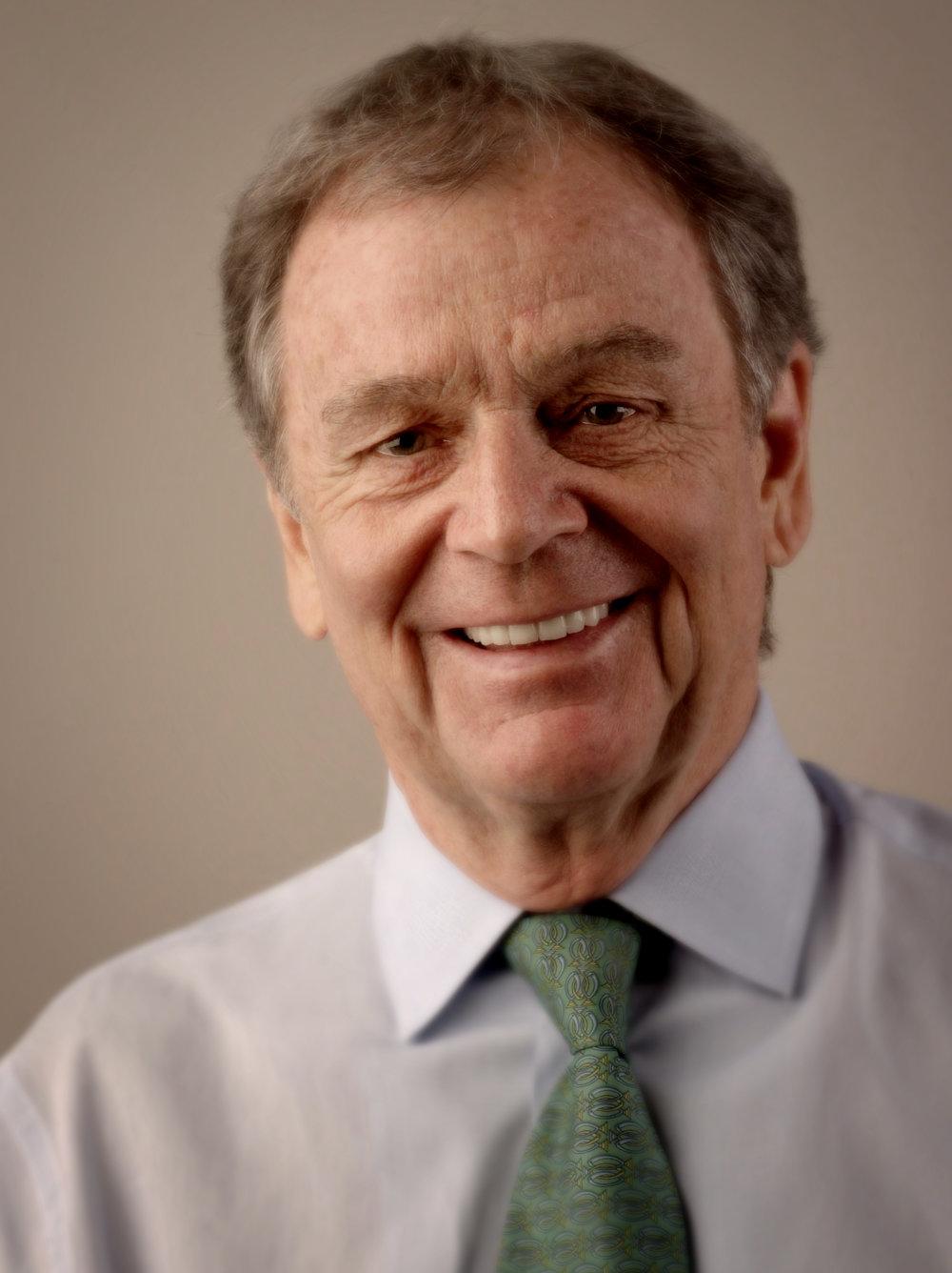 Geoff Dixon (ex CEO Qantas), client - Qantas