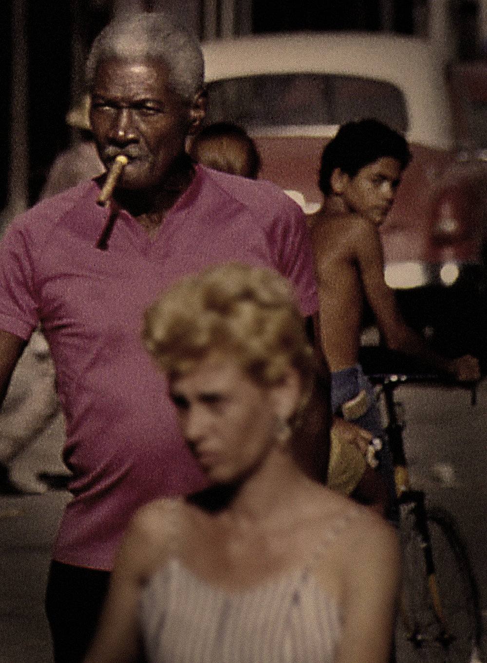 cuba322 pink cigar man .jpg
