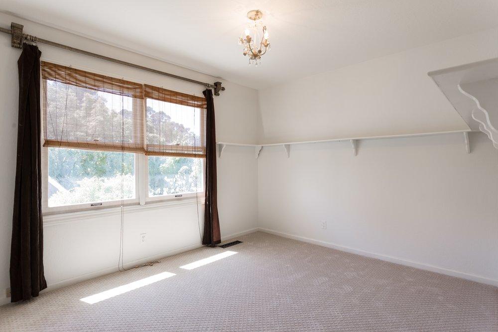 013_Bedroom.jpg