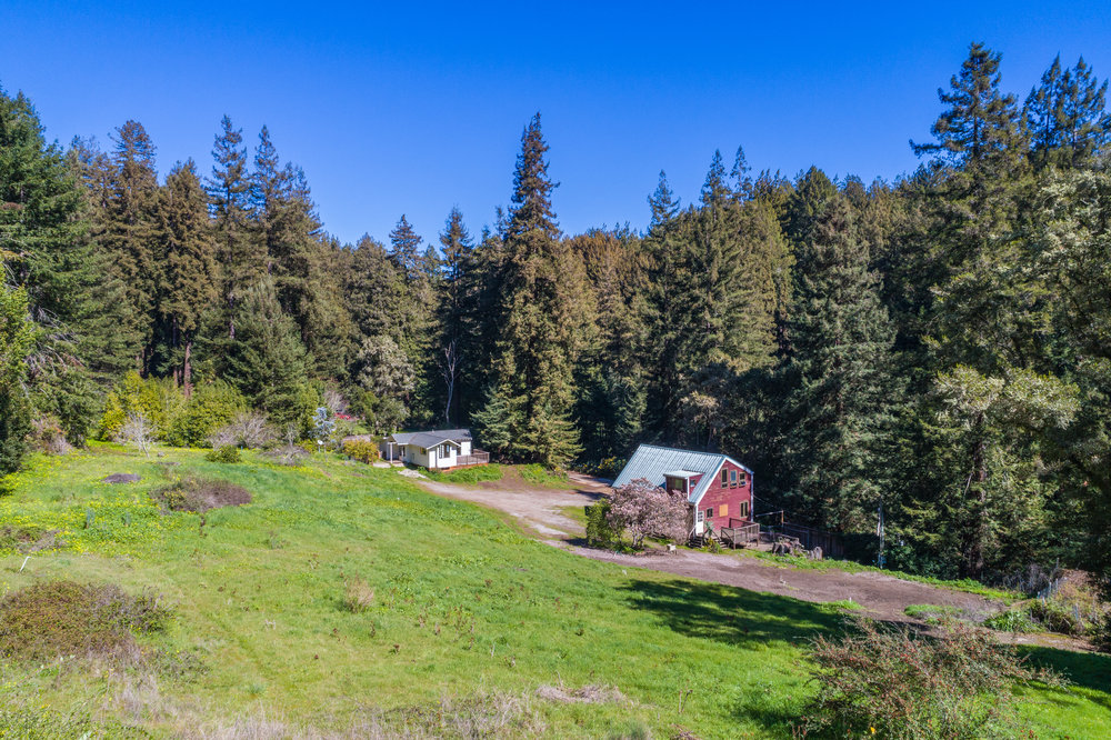 SOLD  4461 Porter Gulch Road $1,250,000  1 Bedroom | 1 Bathroom | 6.7 Acres