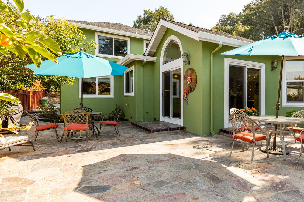 Patio Surrounded By Oak Trees Santa Cruz Realtor