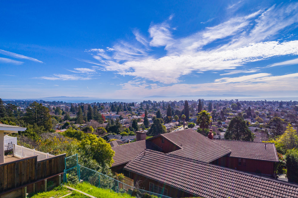 Open Floor Plan 3 Bedroom & 2 Bathroom House Panoramic Monterey Bay Vistas.jpg