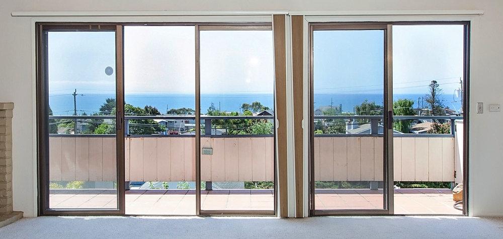 Panoramic Oceanviews Seacliff Condo