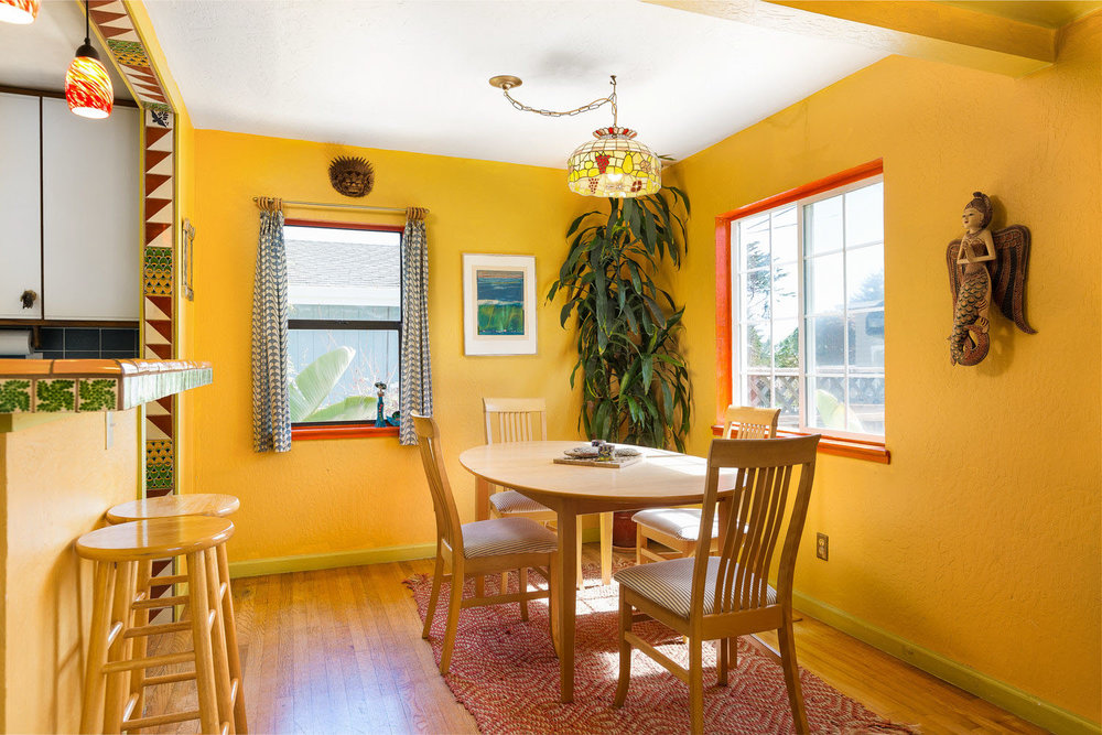 Dining Area in Santa Cruz, California Home