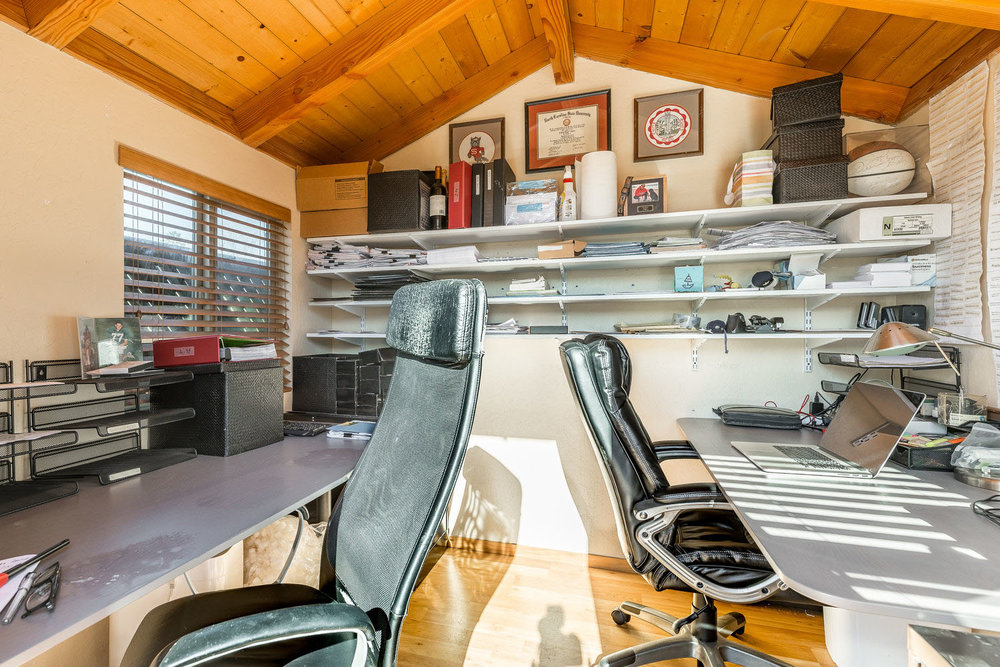 Detached Office Santa Cruz Real Estate