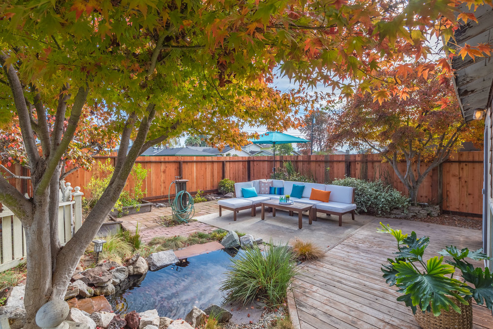 Large Home with Landscaped Yard on the Westside of Santa Cruz, C
