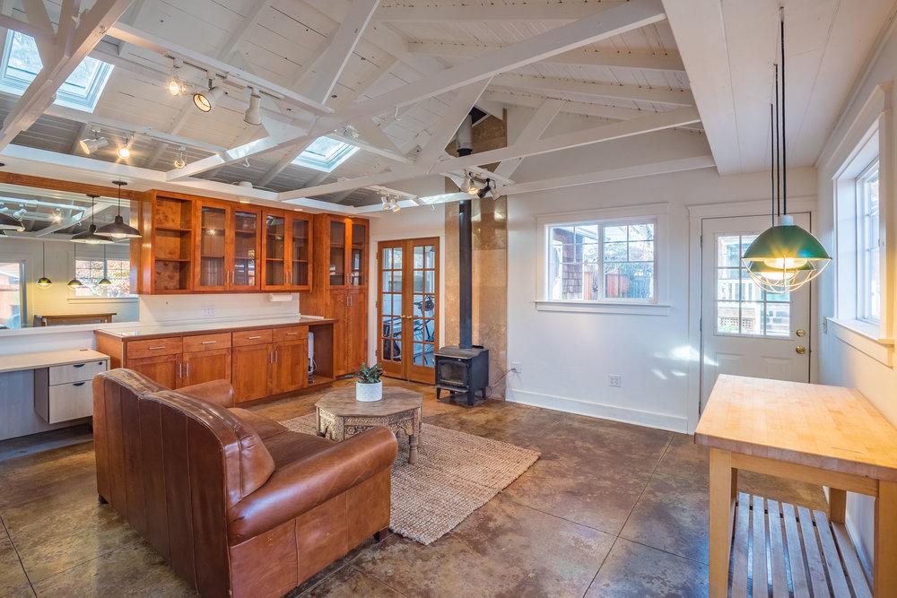 Detached Home Office Santa Cruz Properties for Sale