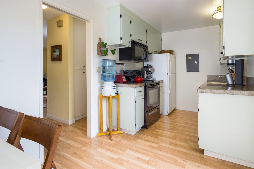 2 Bedroom Aptos Condo.